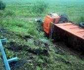 Около Архангельска пьяный водитель перевернул КАМАЗ
