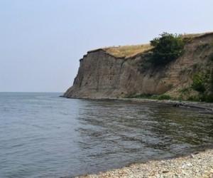 Житель Архангельской области в пьяном вид спрыгнул с обрыва и разбился