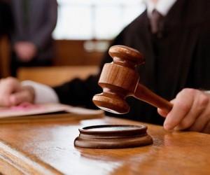 Суд приговорил к 36 годам на двоих убийц таксиста