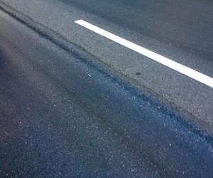 В Поморье пассажирский автобус сбил двух людей