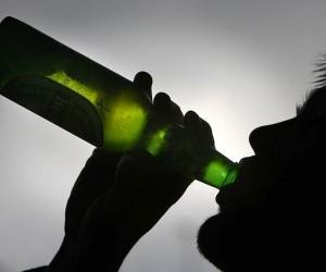 Житель Архангельска обокрал свою начальницу и потратил деньги на алкоголь