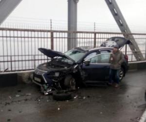На мосту в Архангельске произошла авария с 4 авто