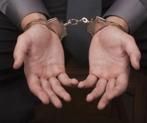 Подозрение в совершении ряда тяжких преступлений стало причиной задержания мужчины в Котласе