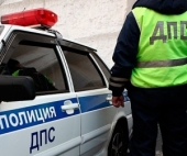 Пьяный житель Архангельска закидал шифером работника ГИБДД
