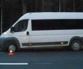 На трассе в Архангельской области М8 погиб мужчина, меняя запаску