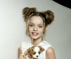 Александрия Лаптева, 11-летня школьница из Москвы организует первый национальный поэтический конкурс «Талант, согревающий добром»