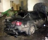 В Архангельске ночью вновь горела иномарка