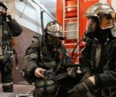 В Архангельске пожарные спасли двух человек
