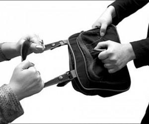 В Северодвинске женщина устроила соседке «шуточное» ограбление