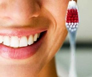 Как ухаживать за зубами – имплантатами