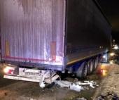 На Талажском шоссе женщина погибла после столкновения с большегрузом