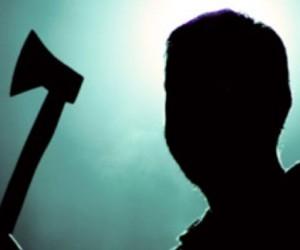 В Архангельской области мужчина зарубил коллегу топором