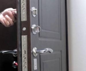 Жительница Архангельска попадет под статью за то, что зашла к зятю в квартиру без спроса