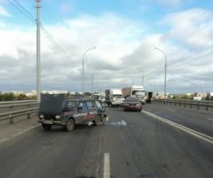 На Краснофлотском мосту произошло ДТП
